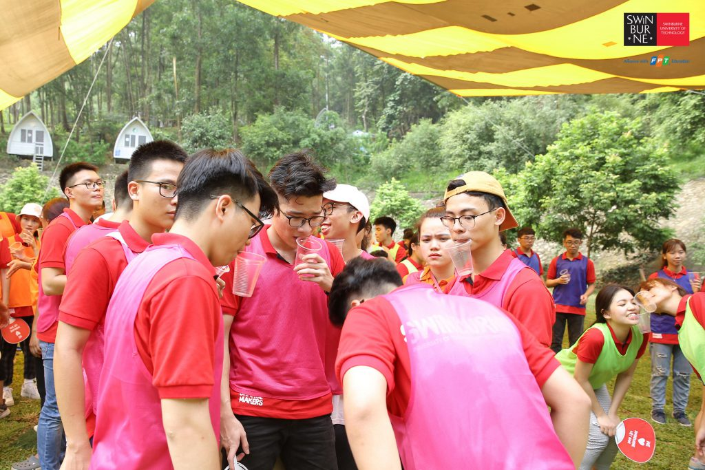Swinburne Vietnam teambuilding 2